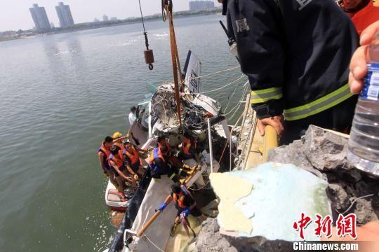 上海金山水上飞机事故致5死